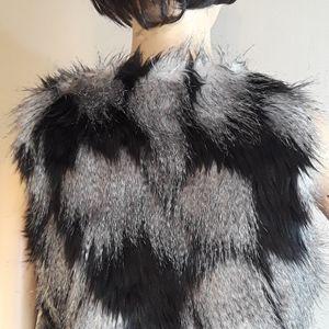 Decree Jackets & Coats - DECREE faux fur vest,  sz S